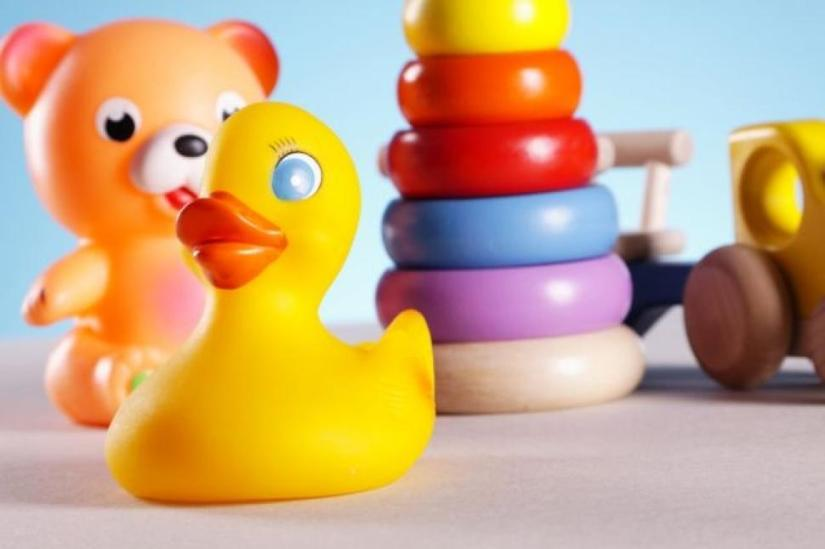 shutterstock-kids-toys